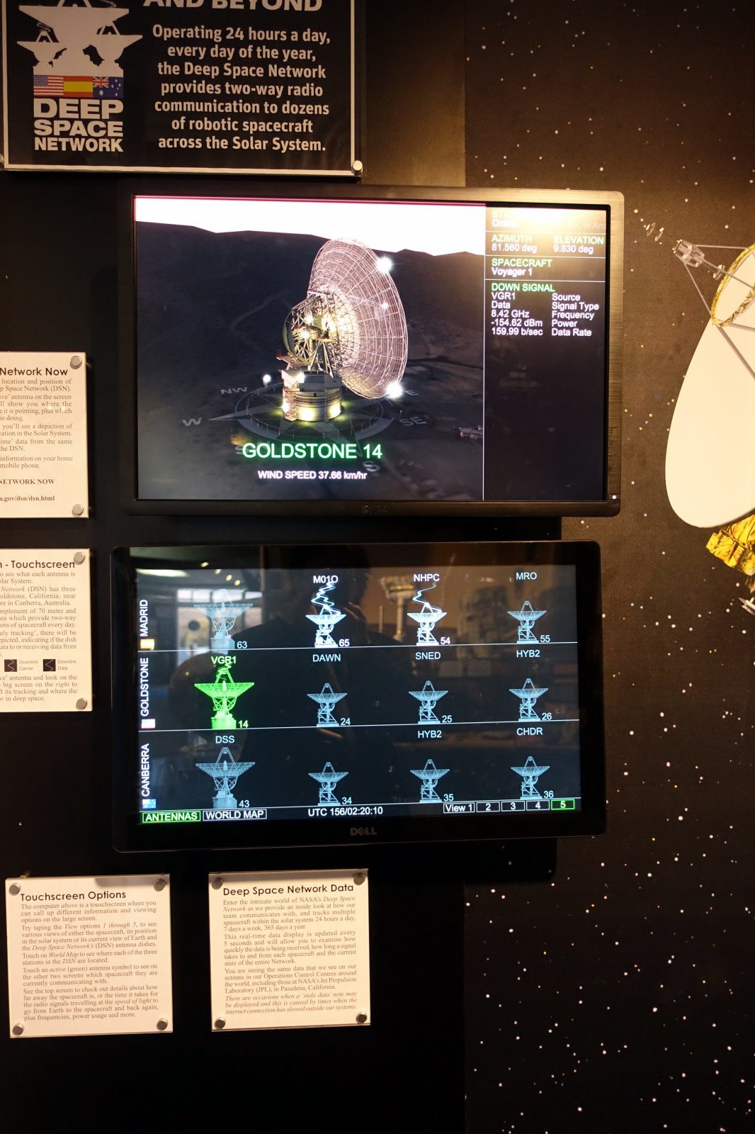 Two screens showing the status of the antennas in CDSCC.