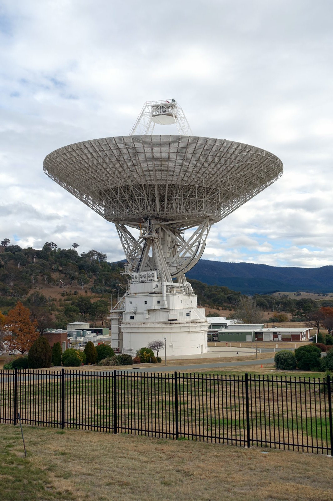 Very big antenna Canberra Deep Space Communication Complex