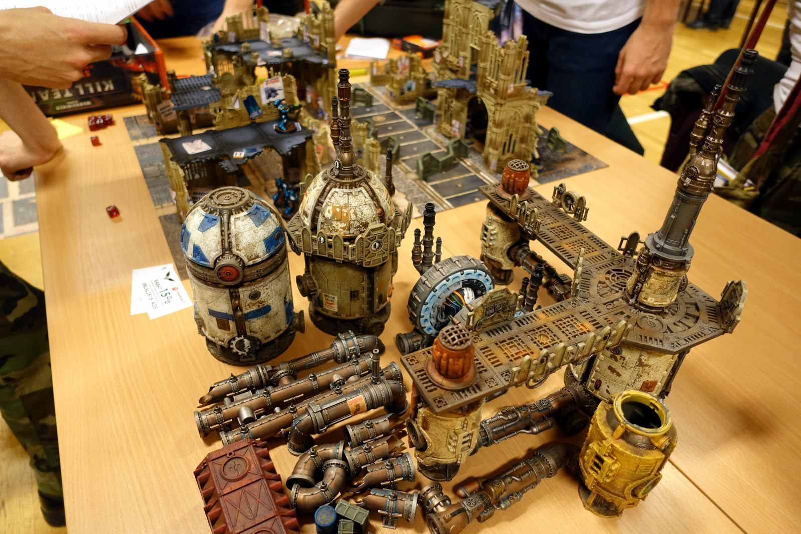 Some steampunkish scenography for wargaming.